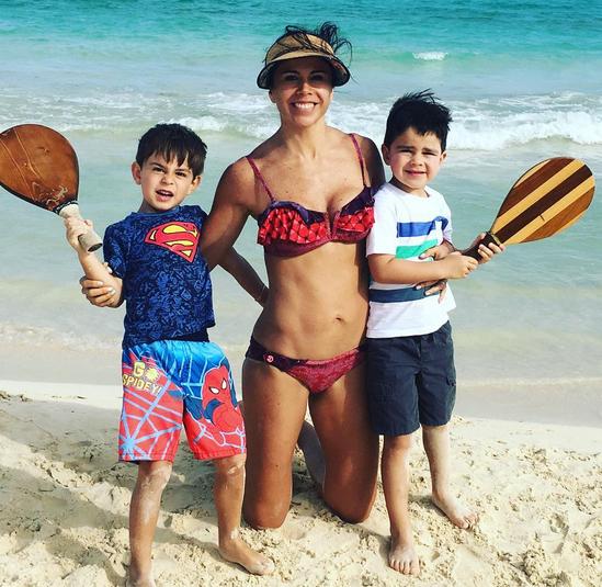Paola Rojas e hijos