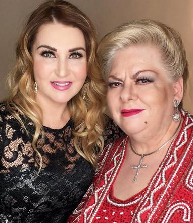 Alicia Villarreal y Paquita la del barrio