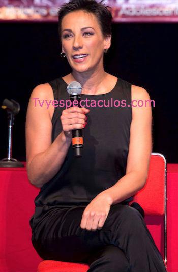 Consuelo Duval regresa a Netas Divinas