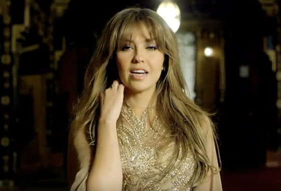 Mira el video Vuélveme a querer de Thalía