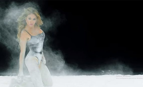 Paulina Rubio en video Desire