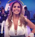 Lucero escote en Hoy